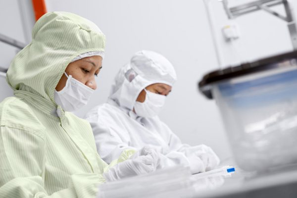 medical-device-contract-manufacturing-7